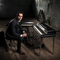 pianist born boeken